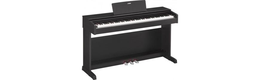 Pianoforti con mobile
